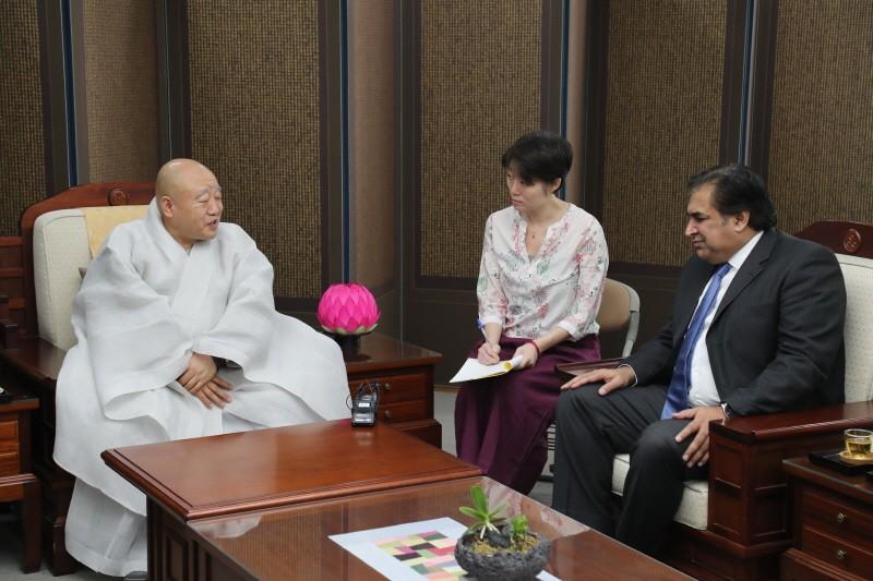 驻韩巴基斯坦大使馆礼访总务院
